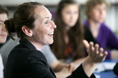 Teaching a class of sixth form students, Clevedon school, Clevedon - Paul Box - 13-09-2011
