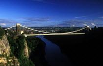 Bristol Landmark. Clifton Suspension bridge - Paul Box - 05-12-2003