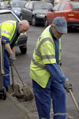 Council road sweepers at work in Bristol - Paul Box - 12-03-2004