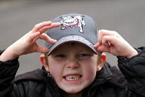 A boy grits his teeth - Paul Box - 20-03-2004