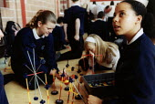 Pupils at science challenge in Leeds - Paul Box - 10-07-2004
