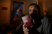 Polish migrant workers living in Bristol. with a Passport. - Paul Box - 02-08-2004