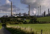 Texaco power oil refinery, Rhoscrowther, Pembroke. Pembrokeshire. - Paul Box - 02-08-2004