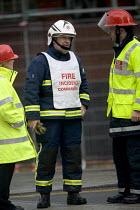 Fire incident commander at a gas leak incident, Bristol. - Paul Box - 25-04-2005