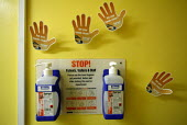 Bath Hospital, hand cleaning to prevent transfer of hospital infections - Paul Box - 20-01-2005