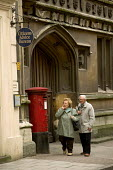 Citizens advise bureau, Bristol. - Paul Box - 2000s,2005,adult,adults,advise,age,ageing population,box,boxes,cities,Citizens,city,couple,COUPLES,EBF Economy business & finance,Elderly,MAIL,MATURE,old,person,persons,pillar,post,post box,post boxes