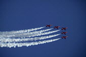 The red arrows display team, Cowes. - Paul Box - 05-12-2005