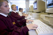 Hanham high school, Bristol. Pupils in an IT lesson. - Paul Box - 06-12-2005