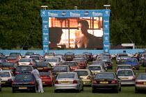 Drive-in cinema experience, Bristol. - Paul Box - 10-12-2005