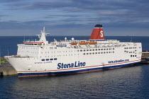 Stena Line ferry, Rosslare harbour in Ireland. - Paul Box - 20-12-2005