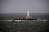 A lighthouse in the Irish sea near Rosslare, Ireland. - Paul Box - 20-12-2005