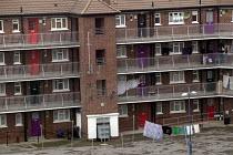 Council flats in the centre of Bristol. - Paul Box - 01-04-2006