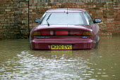 Flooded streets in Shipston On Stour, Warwickshire. - Paul Box - 2000s,2007,AUTO,AUTOMOBILE,AUTOMOBILES,AUTOMOTIVE,BAD,bike,bikes,car,cars,damage,damaged,dia disaster,eni environmental issues,EXTREME,flood,Flooded,flooding,floods,level,levels,mountain,MOUNTAINS,pre