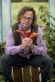 Hugh Fearnley-Whittingstall of River Cottage HQ, Dorset. - Paul Box - ,2000s,2005,ace culture entertainment,AGRICULTURAL,agriculture,back-to-nature,BROADCAST,broadcasting,Capsicum,Celebrities,celebrity,chef,chefs,chili peppers,chilli,communicating,communication,cook,coo