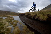 Mountain biking in Arkle, Cape Wrath, Scotland. - Paul Box - 08-11-2005