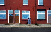 Blighted street of empty houses in Liverpool 8 - Philip Wolmuth - 27-10-2000