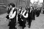 First year undergraduates at Oxford University assemble for the matriculation ceremony at the Sheldonian Theatre - Philip Wolmuth - 14-10-1989