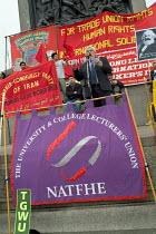 Paul Mackney, General Secretary of NATFHE, addresses a TUC May Day rally in Trafalgar Square, London - Philip Wolmuth - 01-05-2004