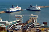 P&O ferries at the Dover ferry terminal - Philip Wolmuth - 21-07-2004