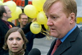 Liberal Democrat leader Charles Kennedy electioneering in Hartlepool with Brent East MP Sarah Teather. - Philip Wolmuth - 2000s,2004,by election,campaign,campaigning,CAMPAIGNS,DEMOCRACY,democrat,Democrats,election,elections,FEMALE,leader,liberal,liberals,mp,mps,party,people,person,persons,pol,political,politician,politic