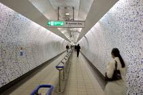 A pedestrian walkway in Green Park underground station, London. - Philip Wolmuth - 19-05-2005