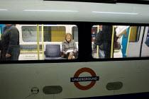 A Jubilee Line train at Bond Street underground station, London. - Philip Wolmuth - 19-05-2005