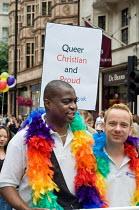 London Gay Pride march 2005. - Philip Wolmuth - 02-07-2005