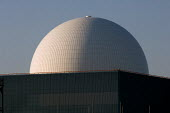 The dome of the pressurised water reactor at Sizewell B nuclear power station, Suffolk. - Philip Wolmuth - 21-09-2006