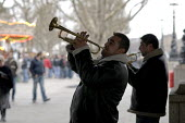 Trumpet playing Roma buskers on the South Bank, London. - Philip Wolmuth - 31-12-2007