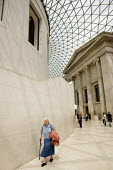 The Great Court of the British Museum, designed by architects Foster and Partners. - Philip Wolmuth - 08-07-2009