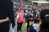 An Olympic Park steward on duty in Startford during the London 2012 Olympic Games. - Philip Wolmuth - 08-08-2012