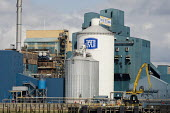 The Tate & Lyle sugar refinery, Silvertown, London. - Philip Wolmuth - 26-08-2012