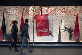 Outside the Selfridges store in Oxford Street, London, during the Christmas shopping season. - Philip Wolmuth - 27-11-2013