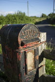 Farm letter-box, Hereforshire. - Philip Wolmuth - 2010s,2014,communicating,communication,country,countryside,disused,Farm,letter,Letter box,Letter boxes,Letterbox,Letterboxes,letters,mail,outdoors,outside,pillar box,POST,Post Office,Post Office,Posta
