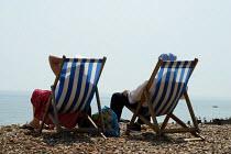 Eastbourne beach during the heatwave - Joanne O'Brien - 20021024