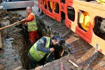 Repairing burst water mains in the street London - Joanne O'Brien - 20021024