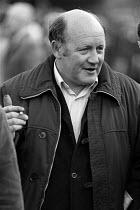 Jack Adams TGWU Convenor, BL Mass meeting Cofton Park, Longbridge. November 1981 - Roy Peters - (BL),1980s,1981,ACTIVIST,ACTIVISTS,Austin Rover,Automotive,British Leyland,CAMPAIGN,campaigner,campaigners,CAMPAIGNING,CAMPAIGNS,capitalism,capitalist,Car Industry,carindustry,disputes,INDUSTRIAL DISP