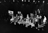 Inherit The Wind, St Martin's Theatre, London, 1960 by Jerome Lawrence and Robert Edwin Lee about the 1925 Scopes Monkey Trial of a teacher prosecuted by the State of Tennessee for teaching the theori... - Alan Vines - 15-03-1960