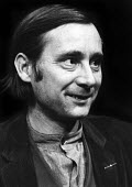 Author, Alan Sillitoe, on the set of This Foreign Field, his first ever play written for the stage, at the Oval Theatre in London, 1970. - Bente Fasmer - 25-03-1970