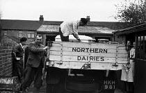 Milk delivery by Northern Dairies, 1948, Peterlee, County Durham - Elizabeth Chat - 01-06-1948