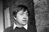Kevin Halpin, trade union activist, at home in the east end of London, 1971 - Laura Leavitt - 1970s,1971,activist,ACTIVISTS,CAMPAIGN,campaigner,campaigners,CAMPAIGNING,CAMPAIGNS,communism,Communist Party,communists,home,left,left wing,leftwing,Leninist,London,male,man,Marxist,Marxists,member,m