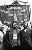Protest in support of the Shrewsbury Two, Des Warren & Ricky Tomlinson, outside the High Court. - Mike Tomlinson - ,1970s,1974,activist,activists,against,CAMPAIGN,campaigner,campaigners,CAMPAIGNING,CAMPAIGNS,DEMONSTRATING,demonstration,DEMONSTRATIONS,EETPU,martyr,martyrs,member,member members,members,outside,peopl