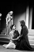 Elektra written by Sophocles, Greek Theatre production with Nora Debonera as Elektra (L), London 1961 - Romano Cagnoni - 09-09-1961