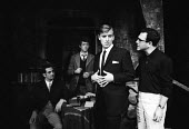 Harold Pinter directing his play: The Dwarfs at the Arts Theatre in London in 1963. To his right, Philip Bond, John Hurt & Michael Forrest - Romano Cagnoni - 18-09-1963