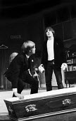 LOOT written by Joe Orton and staged at the Jeanette Cochrane Theatre in Holborn in London in 1966. Starring Simon Ward, left, and Kenneth Cranham. - Romano Cagnoni - 27-09-1966