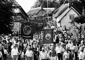 Tolpuddle Martyrs: 150th Anniversary march through the village of Tolpuddle led by descendants of the six original Dorset labourers. - Stefano Cagnoni - 30-06-1984