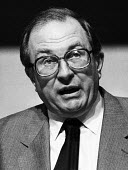 Jack Eccles, giving his Presidential Address to the Trade Union Congress in 1985 - Stefano Cagnoni - 02-09-1985