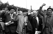 Elderly men who fought with the International Brigade against Franco and Fascists during the Spanish Civil War of the 1930's come together to commemorate their comrades 50 years later in London and gi... - Stefano Cagnoni - 05-10-1985