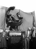 Unveiling of the memorial statue sculpted by Ian Walters to the International Brigade: in honour of those who left Britain & Ireland to fight with the Spanish people against Franco and the Fascists in... - Stefano Cagnoni - 1980s,1985,ACE,against,Anti Fascist,armed forces,art,arts,artwork,artworks,cities,city,Civil War,COMMEMORATE,COMMEMORATING,commemoration,COMMEMORATIONS,commemorative,culture,Fascism,International Brig
