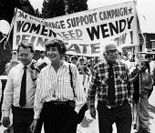 Dr. Wendy Savage (centre) at the head of a march in support of her reinstatement at the London Hospital after she was cleared of charges of negligence in maternity health care, London 1986. - Stefano Cagnoni - 10-07-1986